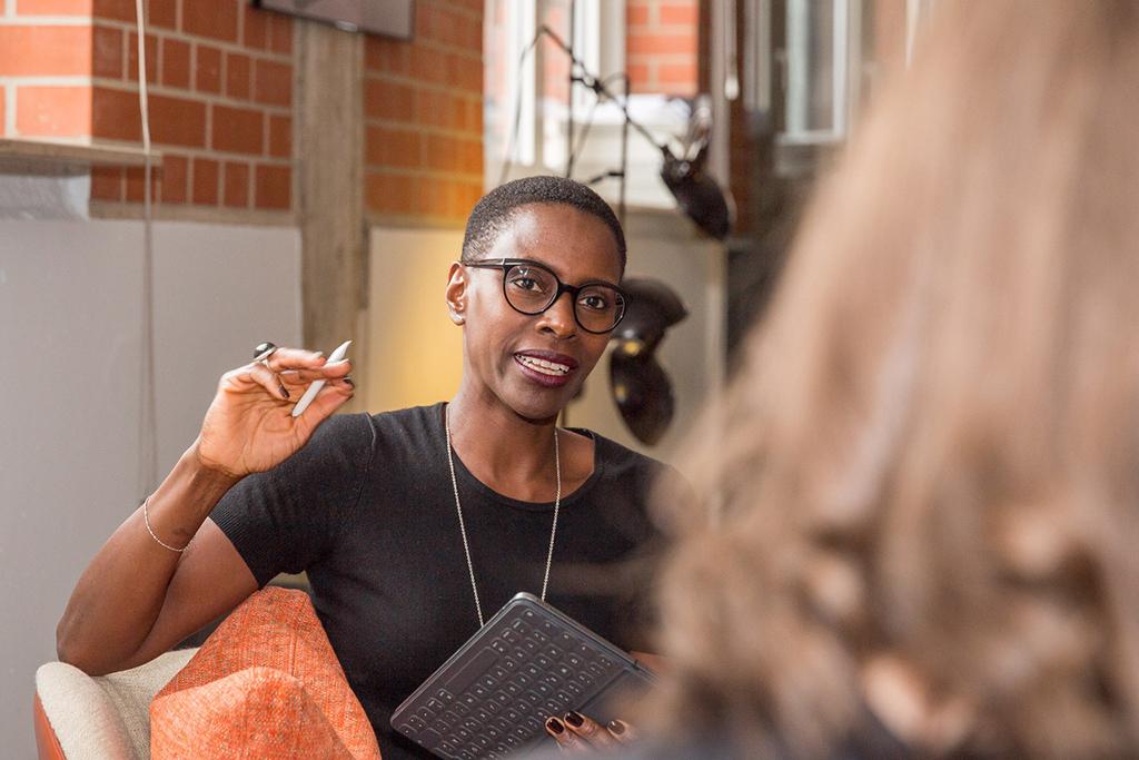 Gründerin Michelle Euzet arbeitet als Unternehmensberaterin