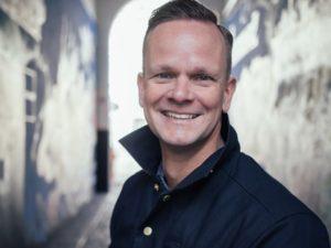 Beim hei.gründerfrühstück gibt Christian Fischler Einblicke in das Thema Social Media