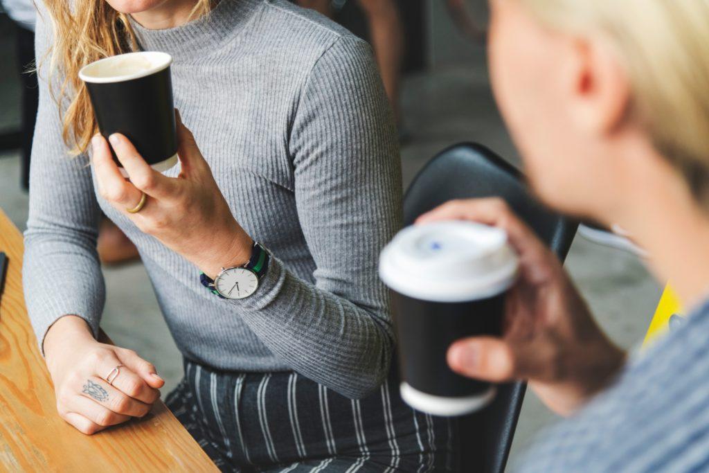 Vom Small Talk zum Business Talk. Erfolgreich mit potenziellen Kunden sprechen.